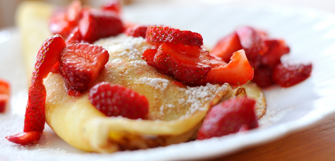 red-summer-fruits-pancakes_1156x556_acf_cropped