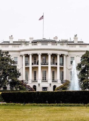 Reactions to the US government's handling of Coronavirus