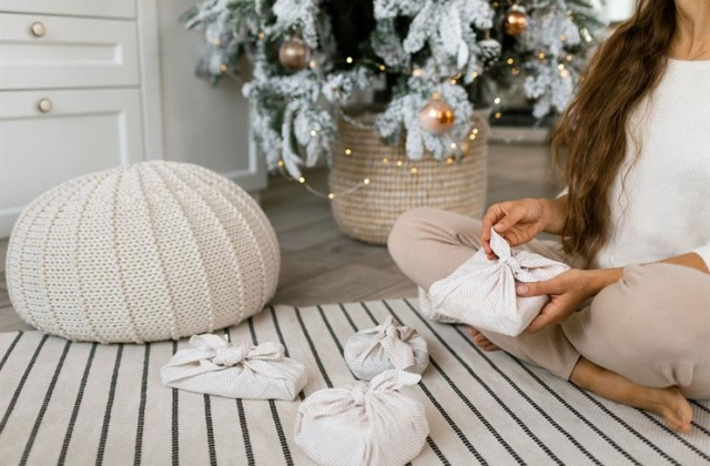 More than half of UK's young adults 'dream of green Christmas'